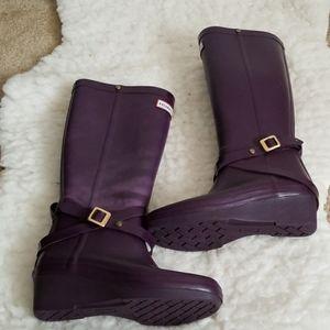 HUNTER rain boots. Size 5. Purple.
